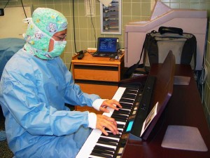 Surgeon playing piano