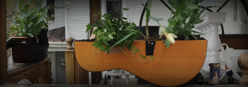 5 Creative Ways to Recycle Your Broken Guitar